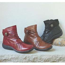 Earth Pleated Ankle Boots